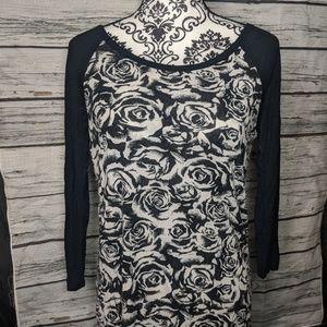 Torrid rose print ragalan shirt